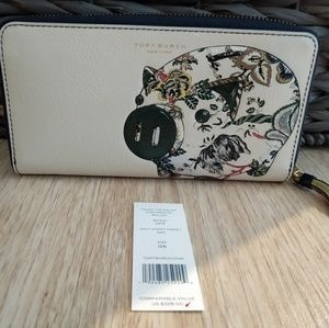TORY BURCH PEGGY THE PIG ZIP CONTINENTAL WALLET
